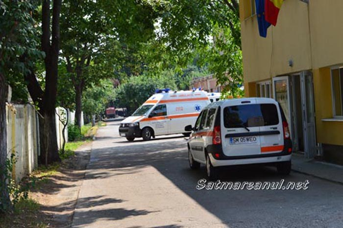 Ambulanta Satu Mare angajeaza asistent medical