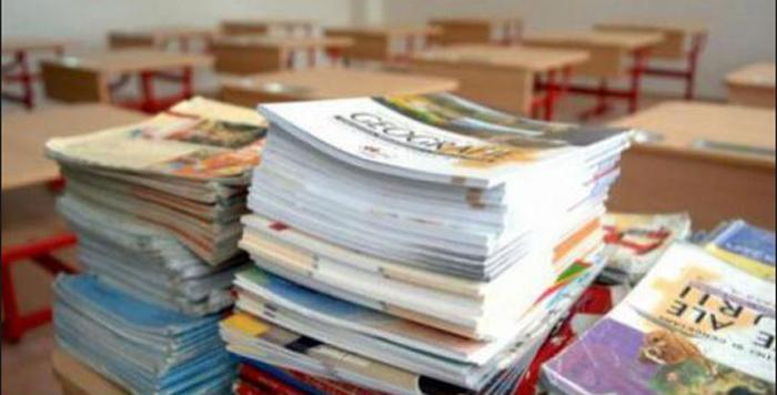 Ministerul Educației a început procesul de aprobare a manualelor