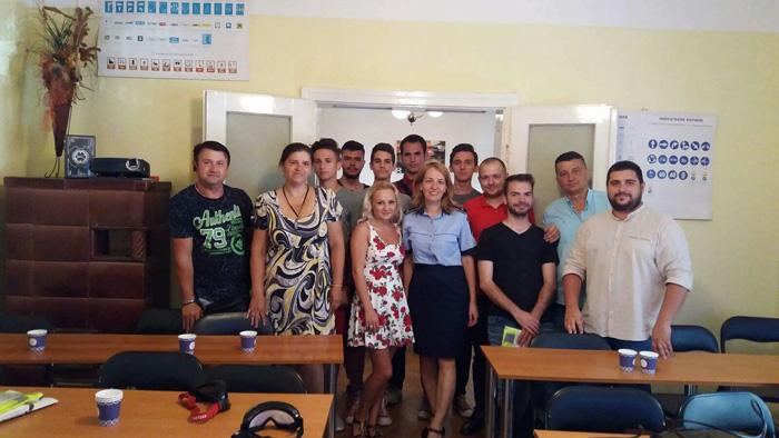 Polițiștii au susținut lecții la două școli de șoferi din Satu Mare