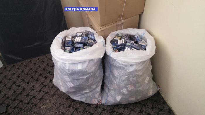 Contrabandist, plasat sub control judiciar. Prins cu 16 saci cu țigări