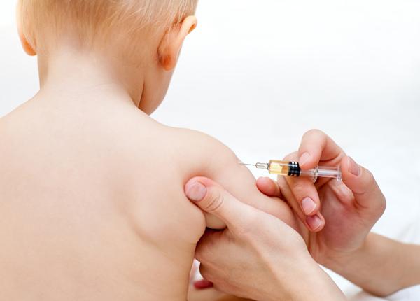 Ce spune ministrul Sănătății despre vaccinarea copiilor ?