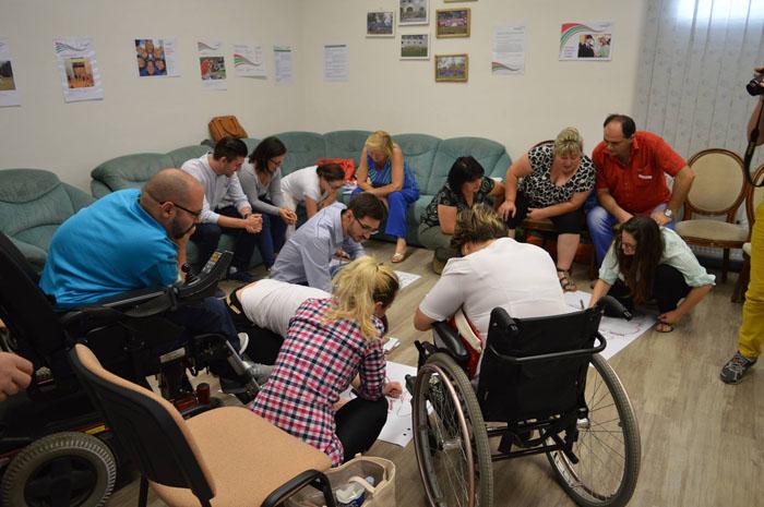 Curs de dezvoltare personală la Asociația Werdnig Hoffman (Foto)
