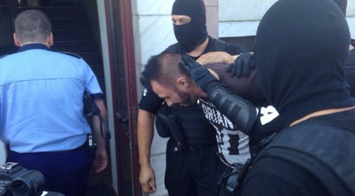 """Condamnare record pentru """"Sima Vampiru"""". A jefuit o bancă și a împușcat un polițist"""