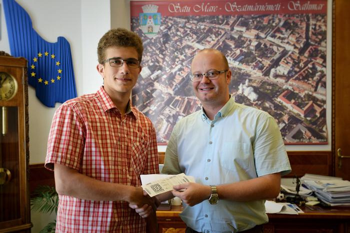 Tânăr din Satu Mare, premiat de primar. Vezi ce performanță a avut