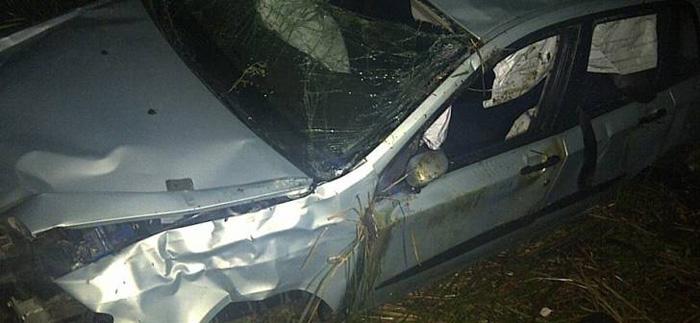 Accident la ieșirea din Supur. Șoferul, transportat la Urgențe