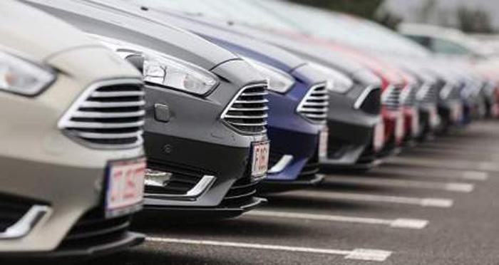 Proprietarii de mașini pot cere de astăzi restituirea taxei auto