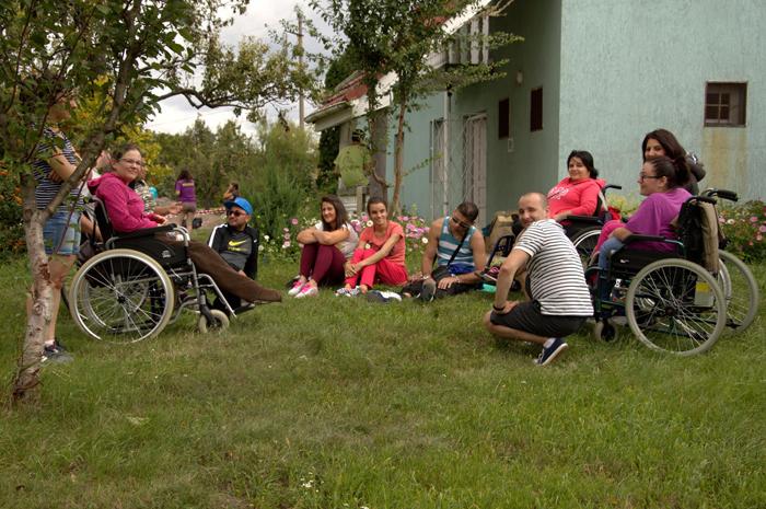 Tabără destinată persoanelor cu dizabilități