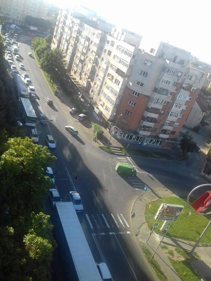 Cozi infernale în traficul din municipiu (Foto)