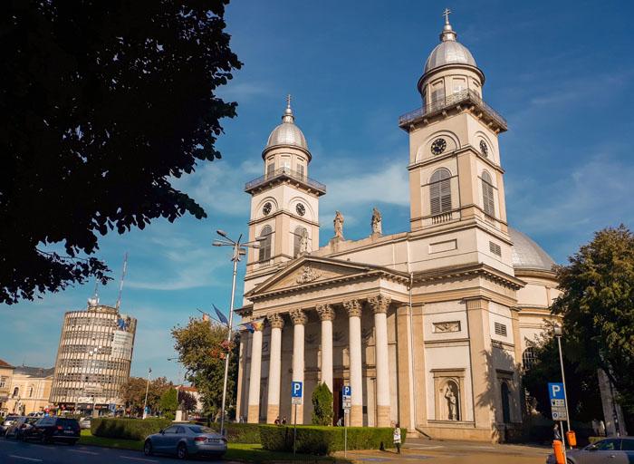 Va fi renovată Catedrala Romano-Catolică din Satu Mare