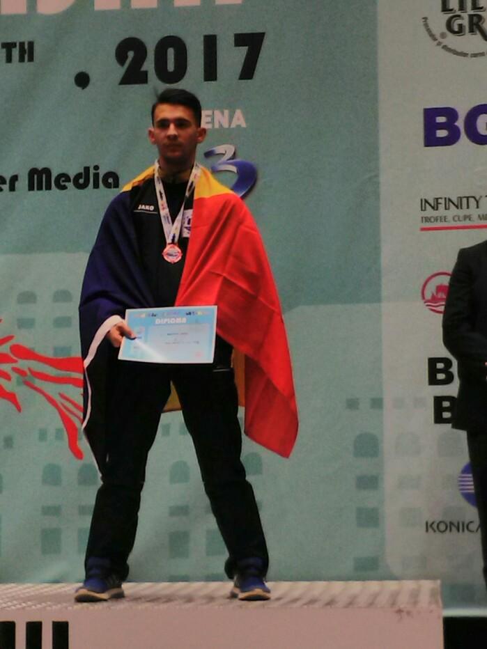 Un careian, medaliat cu bronz la Campionatul Mondial de Karate (foto)