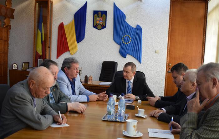 Conducerea județului s-a întâlnit cu reprezentanții Ordinului Militar de România