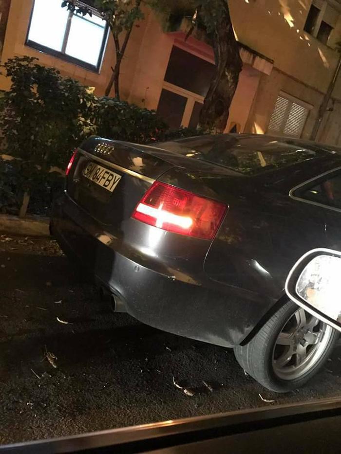 Mașină lovită într-o parcare. Șoferul vinovat, căutat pe Facebook (Foto)