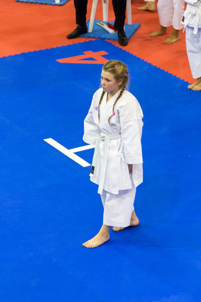 Karate: O careiancă aproape de podium la Cupa Mondială Kohai