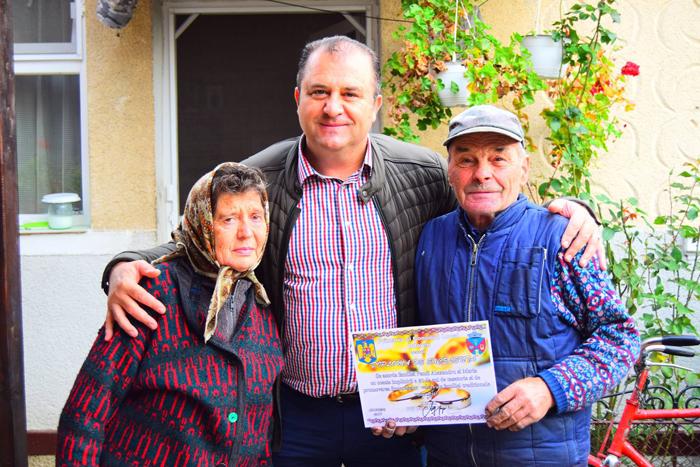 Primăria Odoreu a premiat cuplurile de aur (Foto)