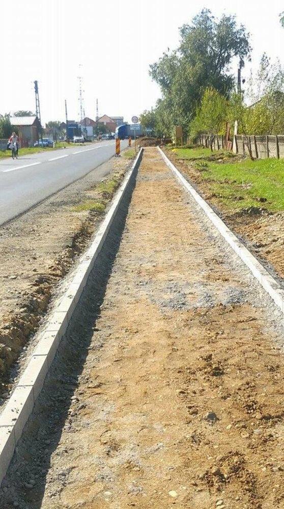 Pistă de biciclete până la Aquapark. Lucrările în linie dreaptă (Foto)