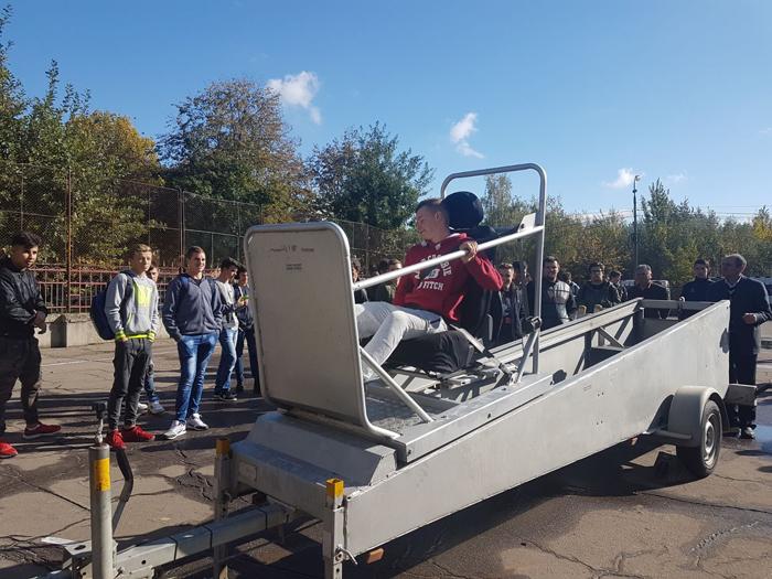 Peste 1.000 de elevi au putut testa simulatorul de accidente