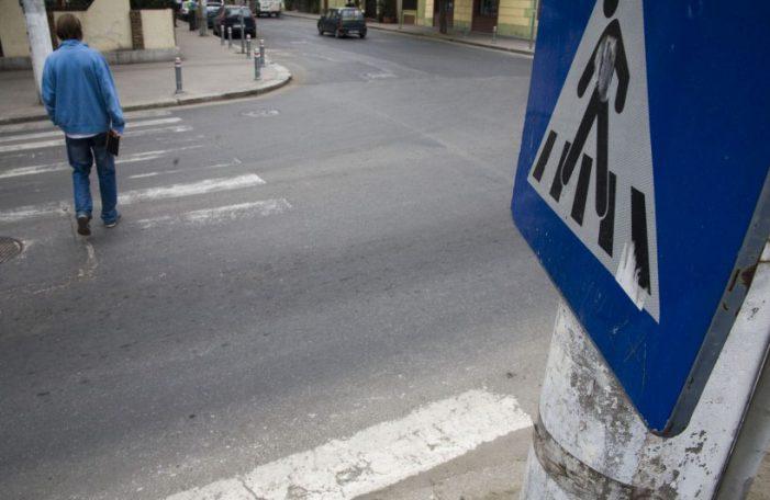 Polițiștii trag un semnal de alarmă: Marcaje rutiere șterse pe drumurile din Satu Mare !