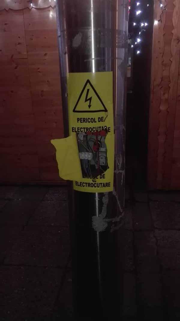Pericol de electrocutare în Centrul Nou (Foto)