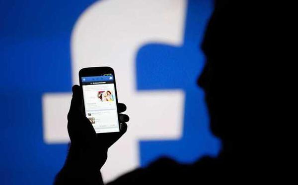Facebook va pune accentul pe informaţiile locale