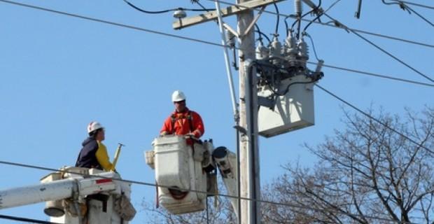 Primăria către Electrica: Nu opriți curentul pe timp de ger