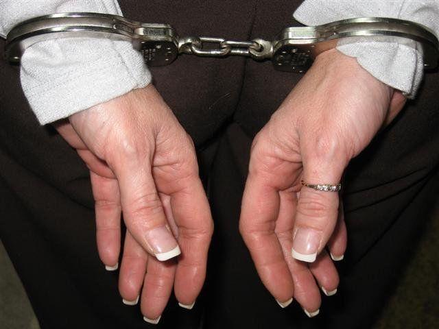 Femeie condamnată pentru tâlhărie. Cât va sta după gratii