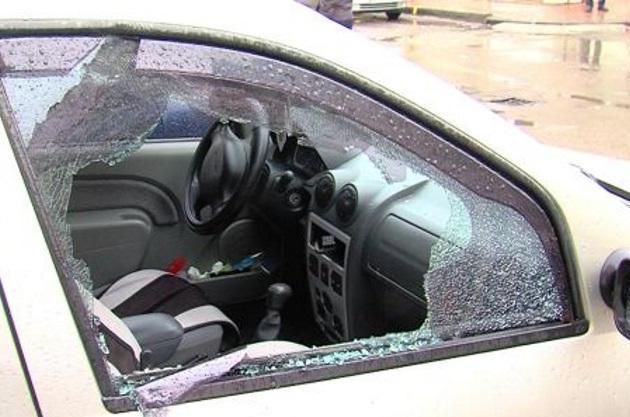 Distrugere și amenințări în Negrești-Oaș. Un bărbat a fost reținut