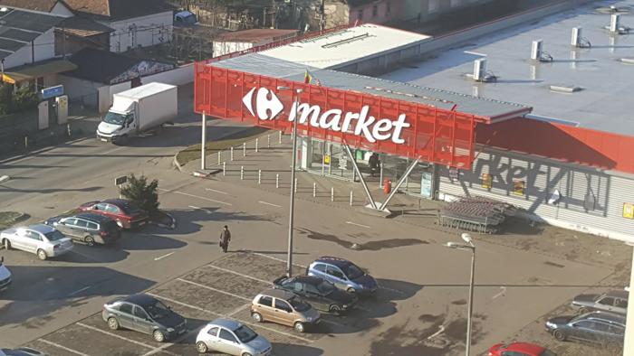Lovitură dură pentru concurență! Serviciul prin care Carrefour îți aduce cumpărăturile acasă