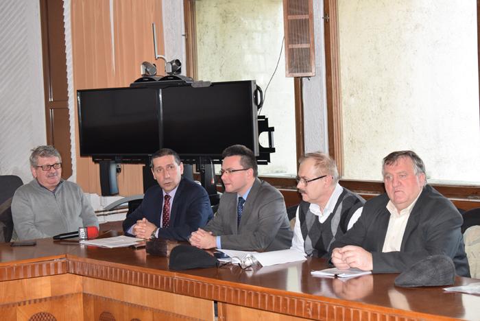 Comasarea instituțiilor de învățământ, motiv de discuții la ședința de Dialog Social