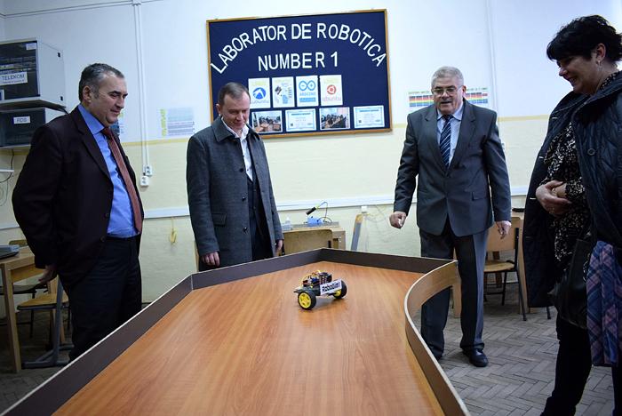 Laborator de robotică, inaugurat la o școală din județ (Galerie foto&video)