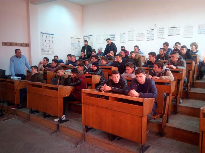 Elevii atrași de cariera militară