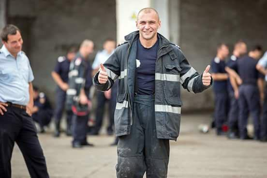 Pompierul sătmărean Olimpiu Moș, dat ca exemplu de ministrul Carmen Dan