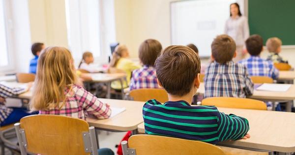Școlile s-ar putea deschide după vacanța de iarna