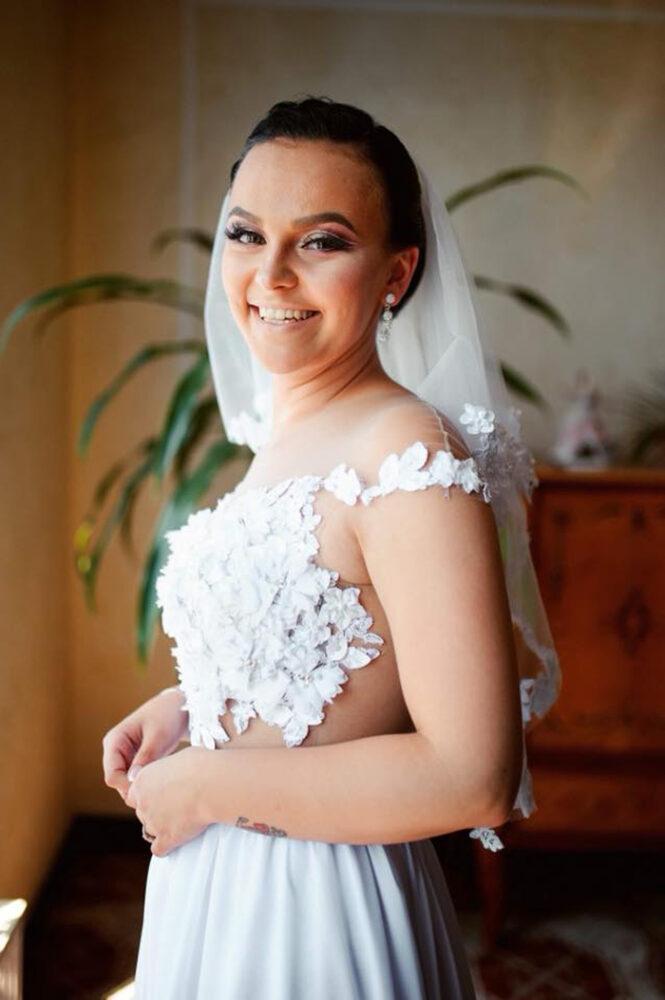 Ioana Ducai mulțumește pentru ajutor ! Își donează rochia de mireasă (Foto)