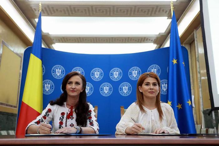 S-a lansat programul de tabere ARC. Ministrul Ioana Bran a semnat protocolul de colaborare (Foto)