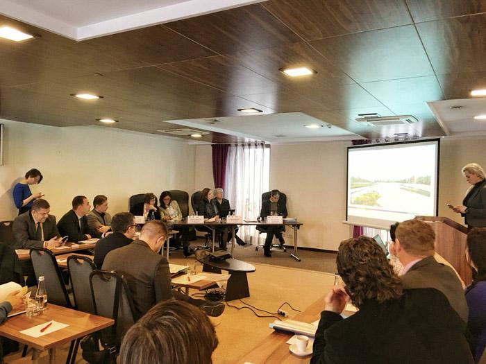 Întâlnire privind implementarea proiectelor cu  finanțare europeană
