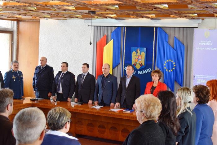 Prefectul solicită verificarea drapelelor de la instituțiile statului. Să nu fie deteriorate