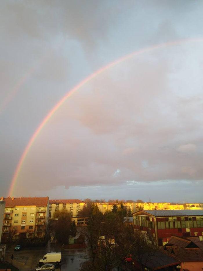Curcubeu pe cerul Sătmarului (Foto)