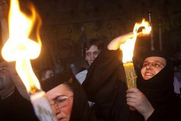 Sfânta Lumină ajunge în această seară la Satu Mare