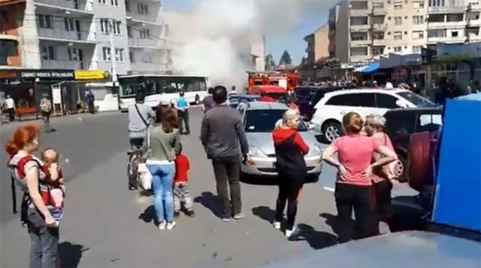Ce spune Primăria despre incendiile la autobuzele Transurban