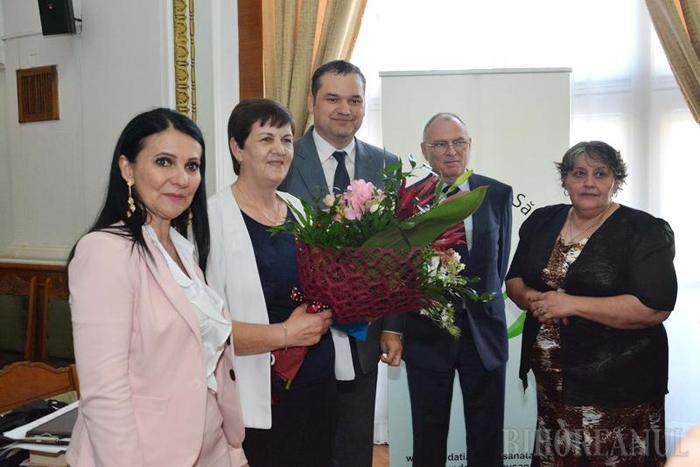 Asistentă din Tășnad, premiată de ministrul Sănătății