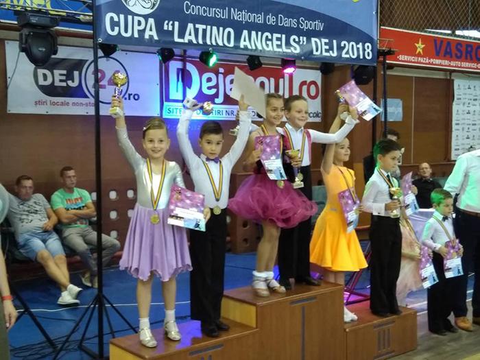 Patru medalii la Concursul National de dans sportiv (Foto)