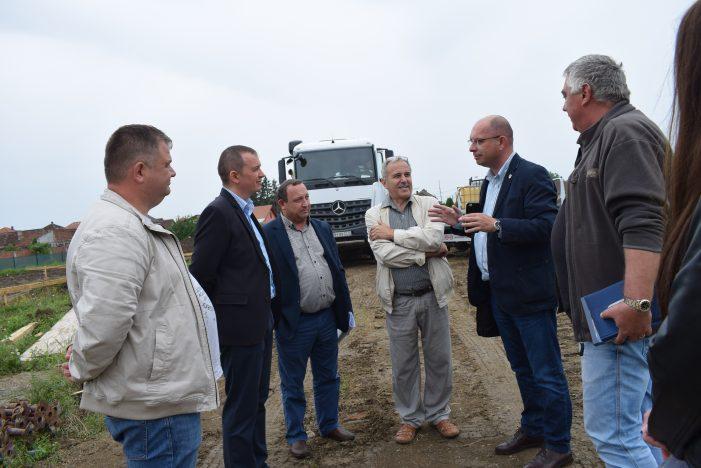 Directorul general al ANL, in vizita la Satu Mare. Se construiesc trei blocuri (Foto)
