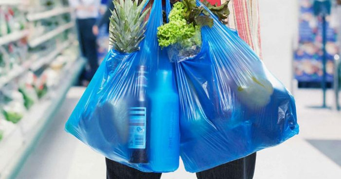 România renunță la pungile de plastic din această vară