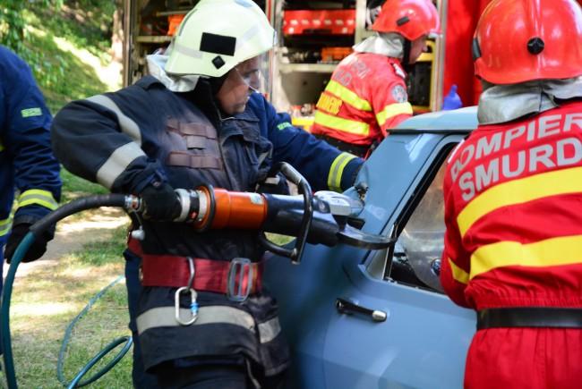 Bafta ! Pompierii de la descarcerare se intrec la Oradea !