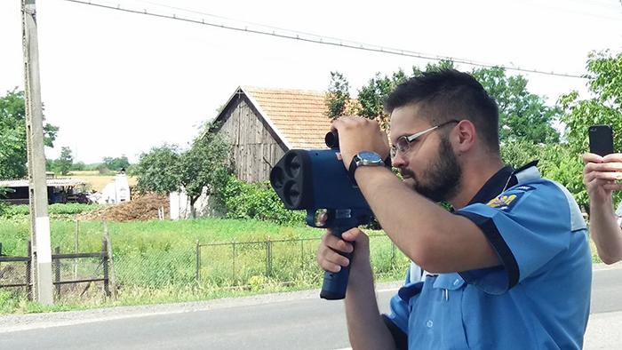 Atentie soferi ! Noul radar tip pistol, pus in functiune
