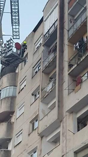 Pompierii intervin ! Blocurile din Satu Mare, pericol public