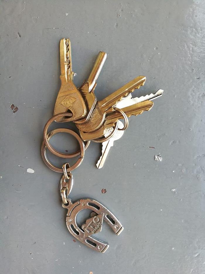 A pierdut o legatura de chei (Foto)