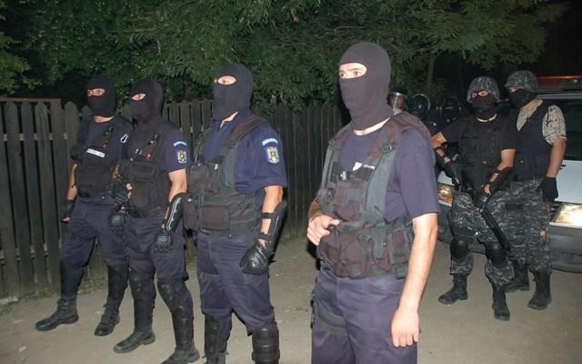 Descinderi in Cartierul Satmarel. 67 de persoane duse la Politie
