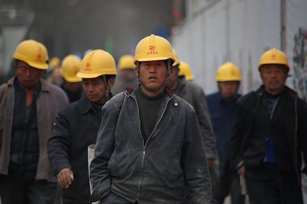 Muncitori vietnamezi pe santierele din Satu Mare