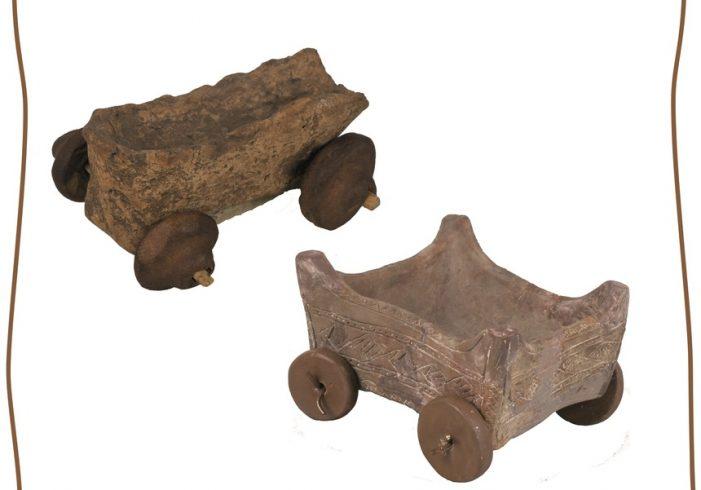Un car miniatural preistoric din judetul Satu Mare, expus la Muzeul National de Istorie (Foto)